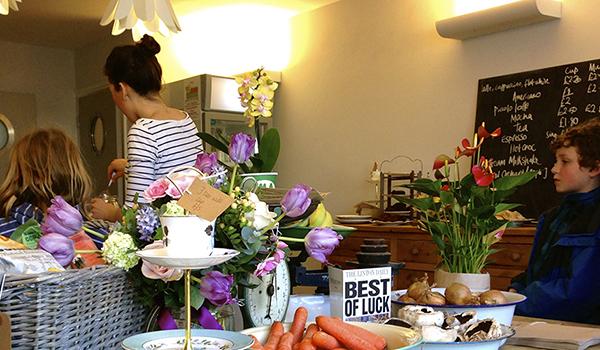 linton-kitchen-produce