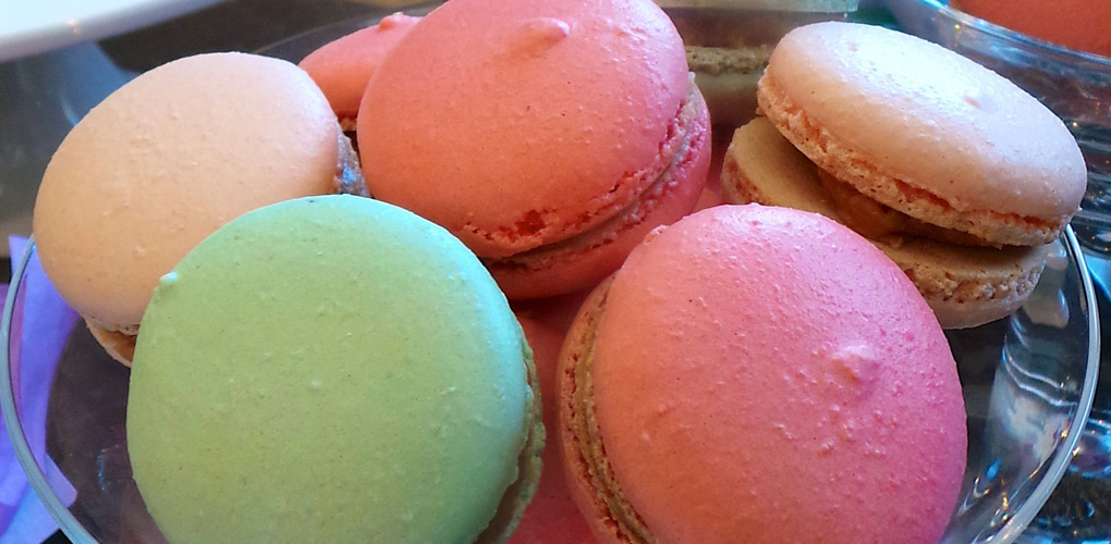 Macarons for father's day presents