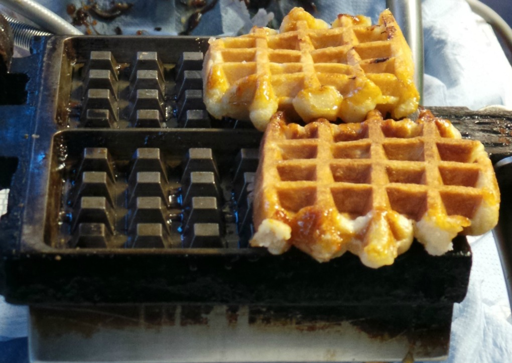 cambridge food tour cheap eats waffles.jpeg