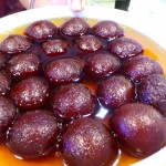 Entice plate of Gulab Jamun